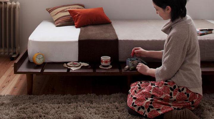 一回り小さいシングルサイズマットレスと組み合わせると、サイドテーブルとしても使えます。