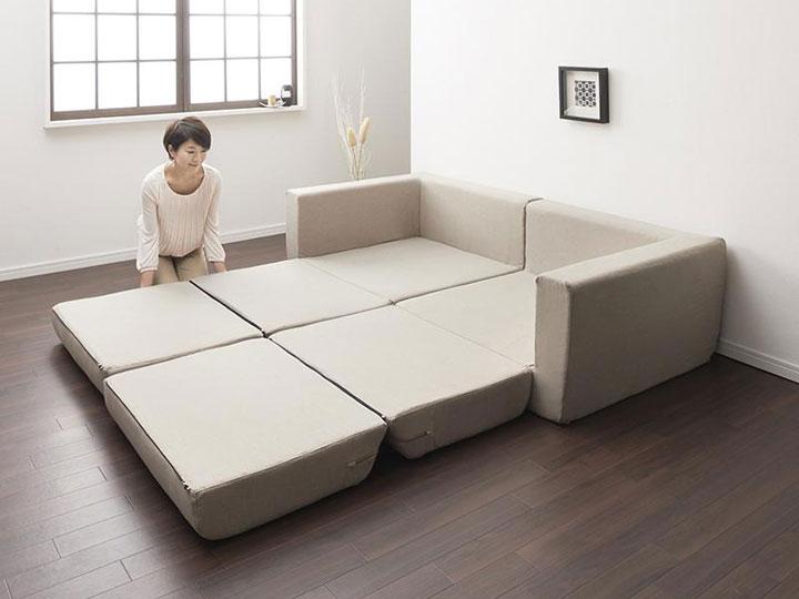 女性でも簡単にベッドに切り替えが可能。