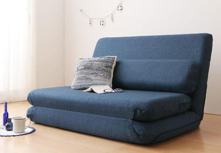 シンプルソファーベッド。
