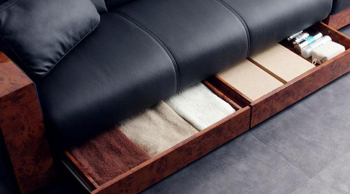 座面下は収納スペースがあります。