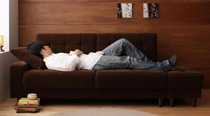 男性でも寝れる大きさ。