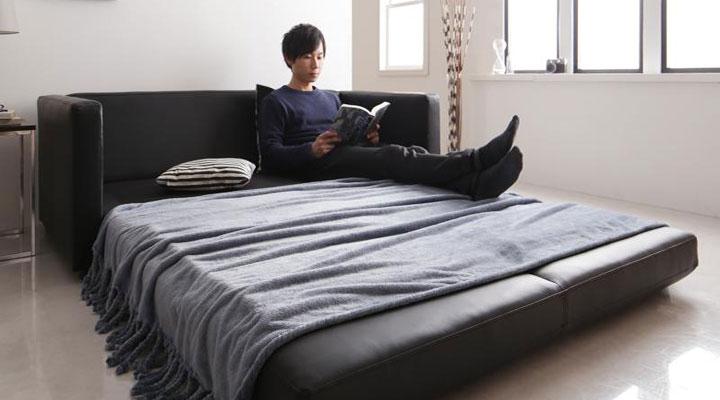 読書でゆったり過ごす。