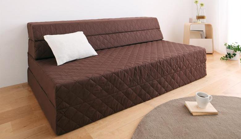 ソファーとしても使える。