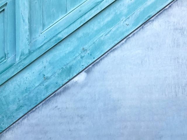 寒色?暖色?壁紙の色で部屋のイメージが決まる!