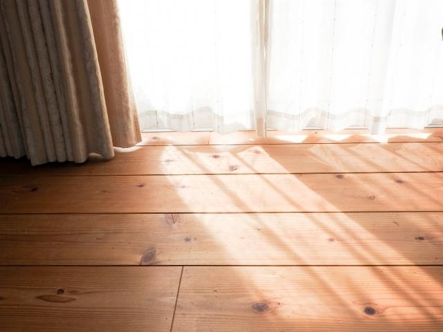 カーテンの色選びは床の色を踏まえて
