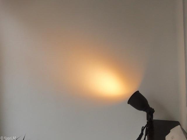 おしゃれな部屋の基本は「間接照明」