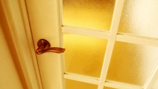 ドアを上手く使って部屋をおしゃれに!すぐできるコーディネートの工夫